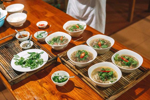 12 trải nghiệm hấp dẫn nhất Việt Nam trong mắt blogger nước ngoài - Ảnh 2.