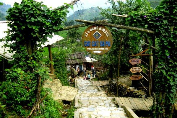 Bản Cát Cát là một trong những điểm du lịch cộng đồng hấp dẫn