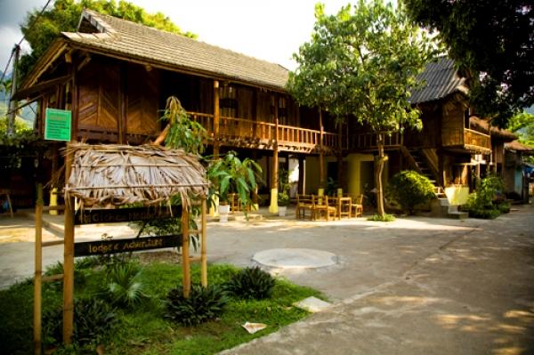 Những ngôi nhà sàn truyền thống