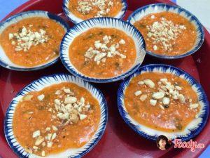 Bánh bèo Quảng Ngãi dày mình hơn bánh bèo Huế