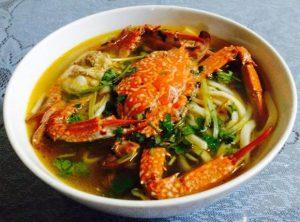 Bánh canh nghẹ thơm ngon ở Hà Tiên