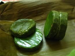 Bánh ngải có vị thơm thơm, hăng hăng của ngải cứu cùng vị béo, thơm của nếp