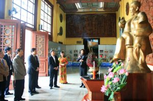 Gian long trọng ơt bảo tàng văn hóa các dan tộc