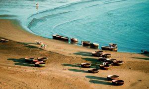 Biển Của Lò với làn nước tron xanh