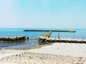Biển Hải thịnh mùa hè nước trong xanh