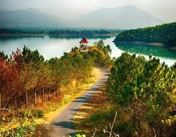 Biển Hồ- đôi mắt pleiku luôn mang đến những cảm xúc khó tả cho du khách