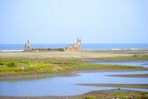 Biển Thịnh Long hoang sơ, bãi cát trắng và mịn