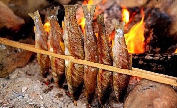 Cá suối nướng Sa Pa ăn thịt chắc, thơm