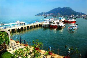 Cảng cầu đá nổi bật ở Vũng Tàu