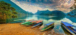 Nét quyến rũ ở hồ Ba Bể