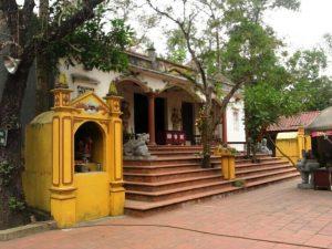Đình-đền -chùa Cầu Muối được xây dựng từ lâu đời
