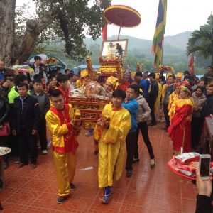 Lê hội đình-đền-chùa Cầu Muối được diễn ra vào ngày mồng 4 tháng 1 âm lịch hằng năm