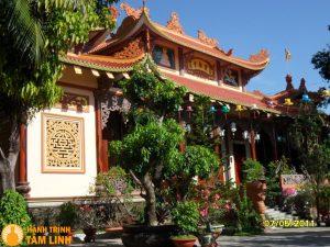 Chùa Bảo Lâm nằm trong thành phố Tuy Hòa