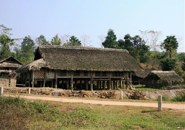 Ngôi nhà sàn của dân tộc tại huyện Chiêm Hóa