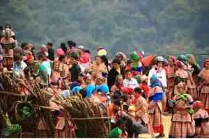 Độc đáo chợ phiên ở Điện Biên