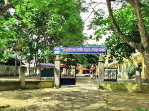 Một trường tiểu học ở Chợ Mới