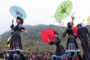 Những điệu múa người Mông