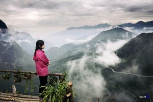 Đứng trên đèo ta cảm nhận được sự giao thoa giữa đất và trời,cảm giác tuyệt vời vô cùng