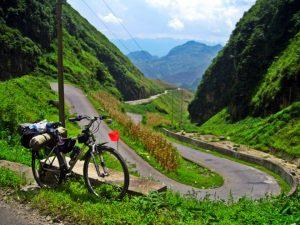 Dốc Bắc Sum, con đường đẹp tuyệt vời
