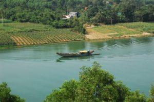 Ngắm cảnh trên đồi Vọng Cảnh