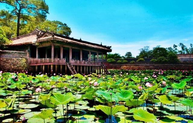 Hồ Tịnh Tâm - nơi để tâm hồn bình yên trở lại