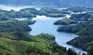 Quyến rũ khu du lịch Tà Đùng với không gian xanh hoang sơ
