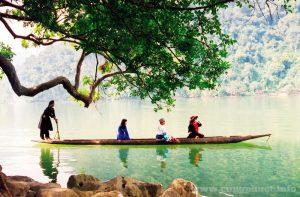 Một cảnh đẹp ở Hồ Ba bể