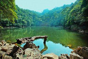 Hồ Ba Bể hữu tình, sắc màu thay áo theo mùa