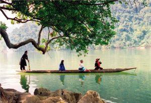 Hồ Ba Bể là hồ nước đẹp nhất ở khu vực phía Tây Bắc