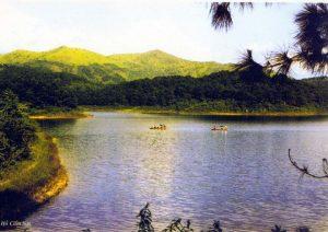 Cảnh đẹp hữu tình ở hồ Cẩm Sơn