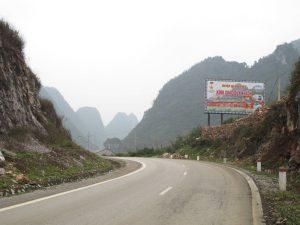 Con đường về với huyện Quảng Uyên