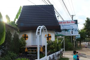 Khách sạn Kon Klor