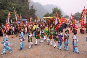 Lễ hội ở huyện Lạc Thủy