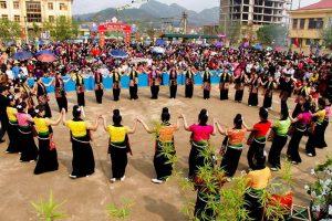 Lễ hội Hoa Ban ở Lai Châu