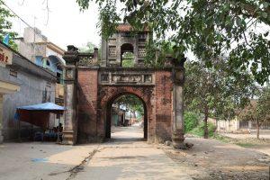 Cánh cổng về với làng rượu nổi tiếng làng Vân Hà