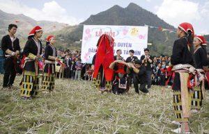 Lễ hội hát giao duyên của người dân Tả Phìn