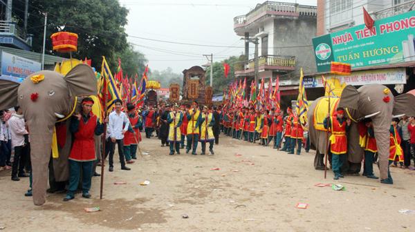 Lễ hội rước voi Đào Xá