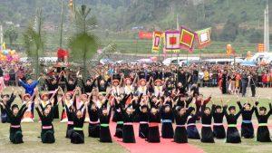Nhiều hoạt động đặc sắc diễn ra trong lễ hội Lồng Tồng