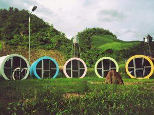 Nhà nghỉ dạng cống ở khu vu chơi Happy Land