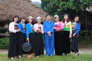 Người Mường Vang ở huyện Lạc Sơn