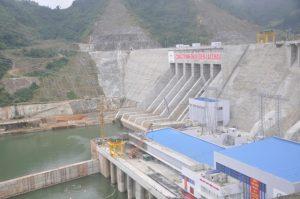 Thủy điện Lai Châu là công trình trọng điểm quốc gia Việt Nam, xây dựng trên dòng chính sông Đà tại xã Nậm Hàng huyện Mường Tè tỉnh Lai Châu, Việt Nam