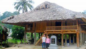 Nhà ông Nguyễn Tiến Sự nơi bác hồ từng ở trước khi chuyển đến lán Nà Lừa