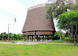 Nhà rông Kon Klor- nhà rông lớn nhất Tây Nguyên