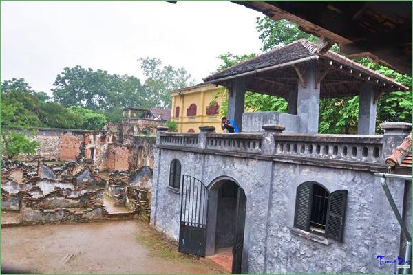 Tháp canh trong nhà tù Sơn La