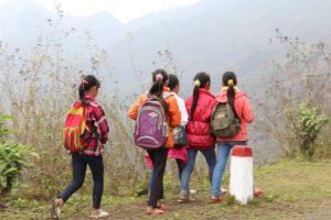 Pắc Nặm chủ yếu là đồi núi cao hiểm trở, nơi những người dân tộc thiểu số sinh sống