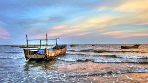 Biển Hạ Long làm say lòng du khách