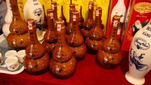 Những chi rượu làng Vân được bán trên thị trường