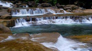 Khoảnh khắc đẹp ở suối Ba Hồ