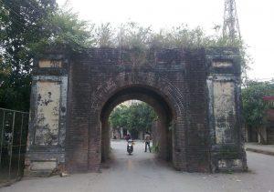 Cổng thành là lối đi được nhiều người lựa chọ ở khu vực thành cổ