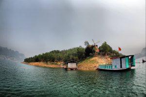 Một hòn đảo đẹp ở Thung Nai